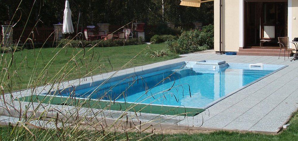 gfk-schwimmbecken